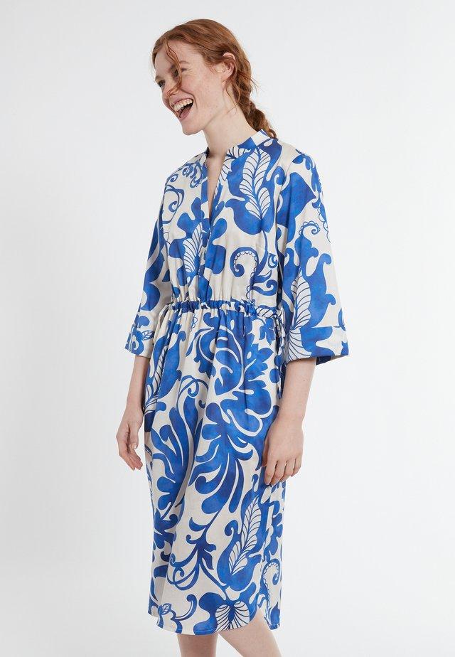 DAELIS - Korte jurk - blau