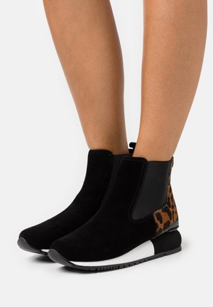 RUNKEL - Wedge Ankle Boots - black
