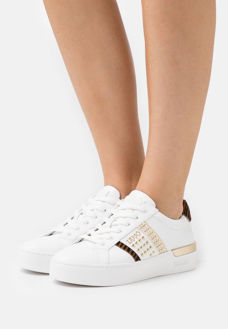 Liu Jo Jeans - SILVIA  - Baskets basses - white