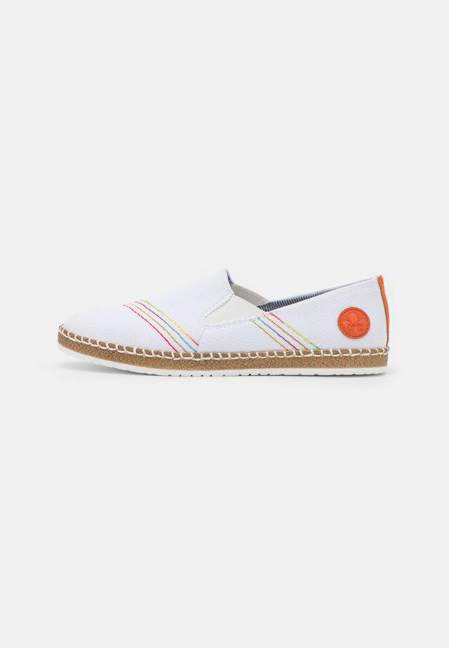 Baskets basses - weiß/orange