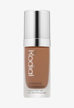 DIAMOND FOUNDATION 30 ML - Foundation - shade 8