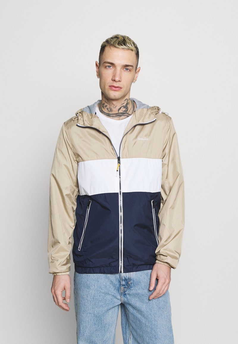 Jack & Jones - JJHUNTER - Light jacket - crockery