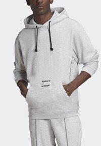 adidas Originals - HOODIE - Hoodie - grey - 2