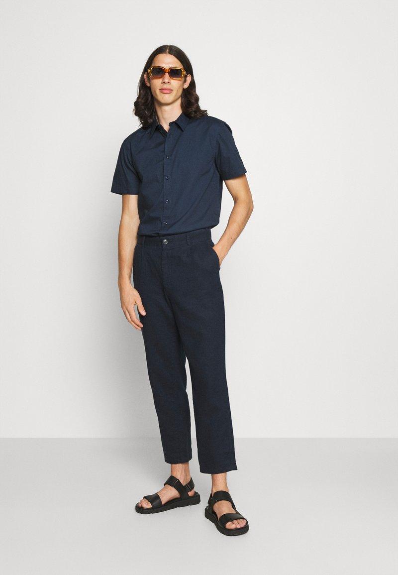 Newport Bay Sailing Club - CORE 2 PACK - Shirt - navy/light blue