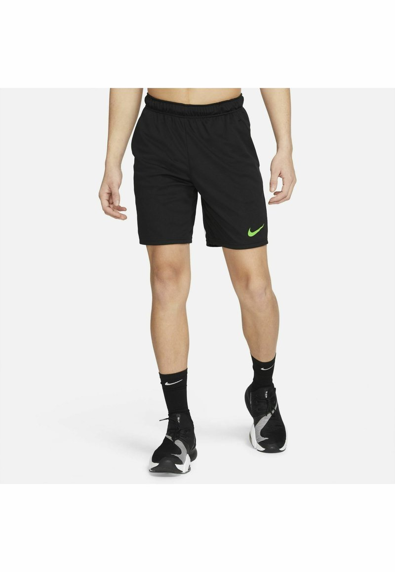 Nike Performance - SHORT TRAIN - Korte sportsbukser - black mean green mean green