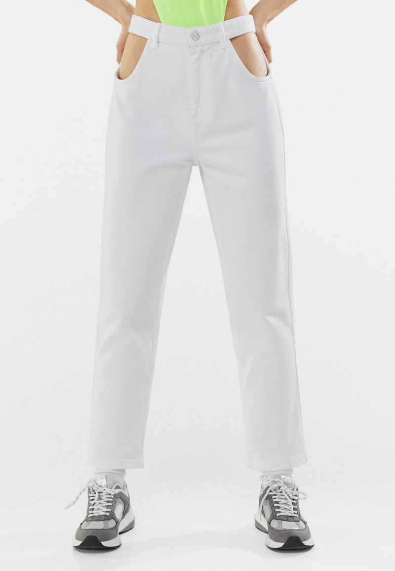 Bershka - Kalhoty - white