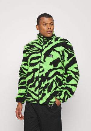 ZIP THROUGH JACKET  - Fleece jacket - green