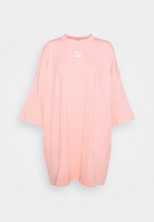 CLASSICS TEE DRESS - Jerseykjole - apricot blush