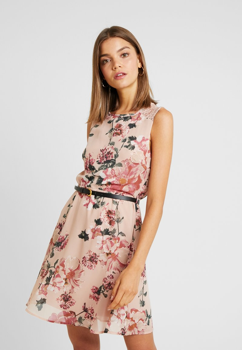 Vero Moda - VMSUNILLA SHORT DRESS - Day dress - sunilla