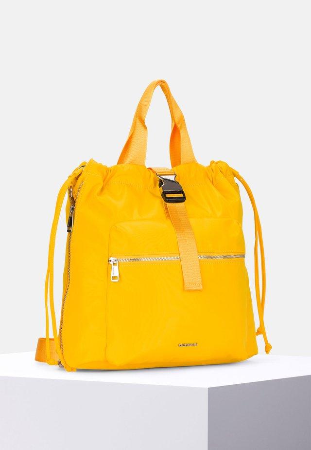 SUZA - Reppu - yellow