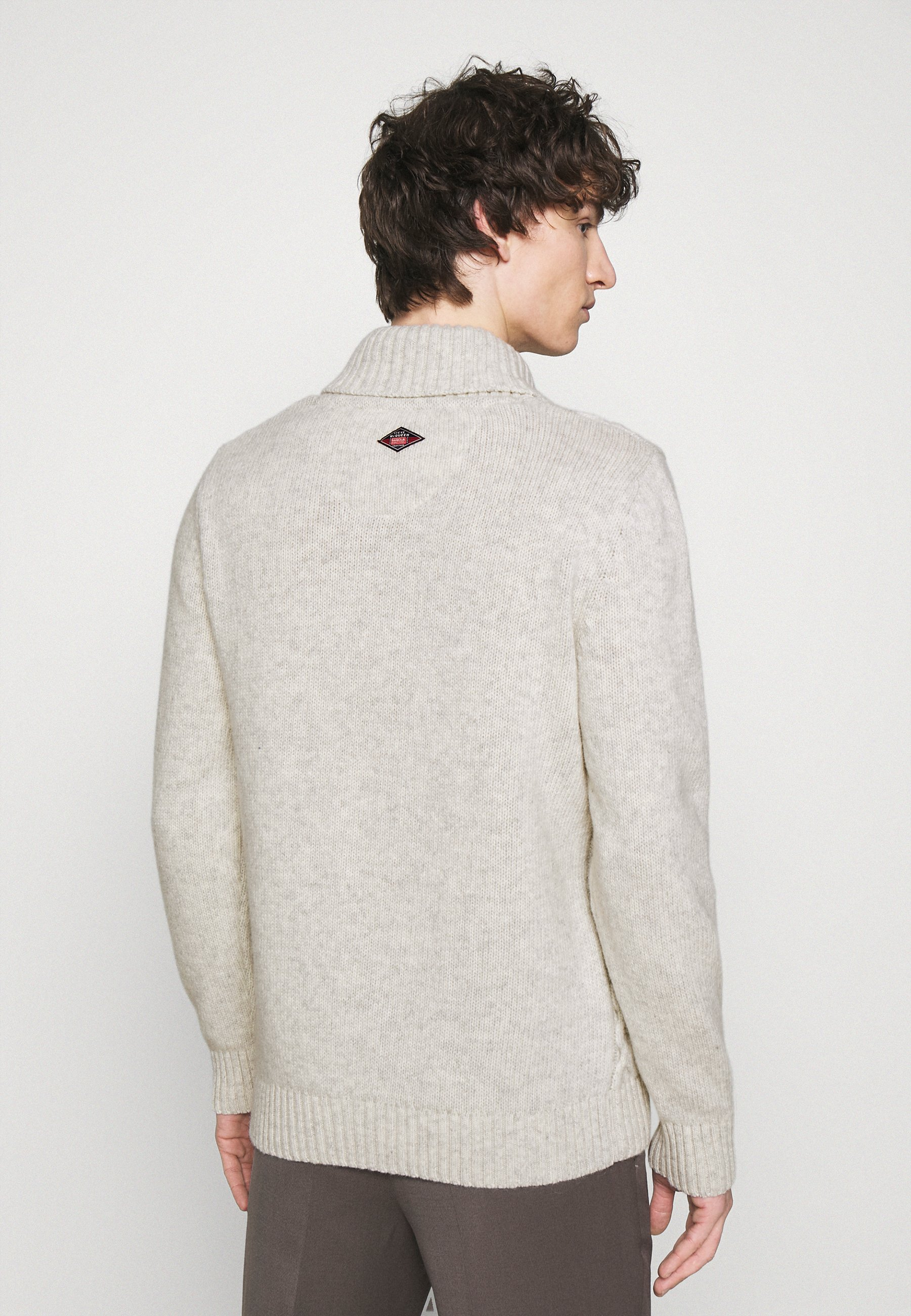 Men CHASE CABLE KNIT - Jumper