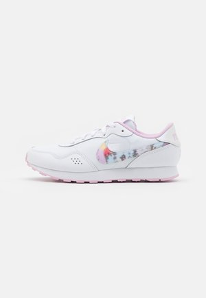VALIANT - Sneakersy niskie - white/light arctic pink
