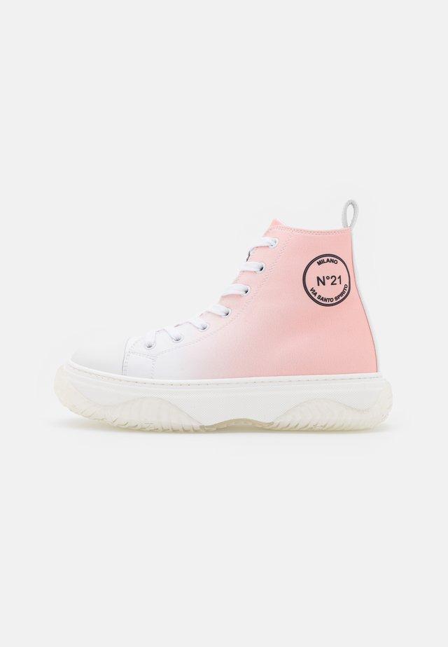 TOP BONNIE - Sneakers hoog - white