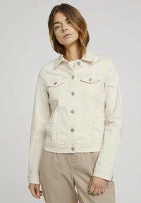 TOM TAILOR DENIM - RIDERS  - Denim jacket - light beige - 0