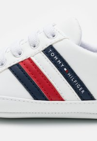 Tommy Hilfiger - Patucos - white/blue - 5