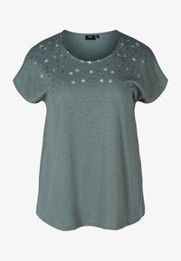 balsam green stars