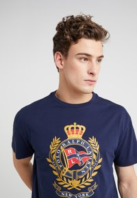 Polo Ralph Lauren - Print T-shirt - cruise navy - 3