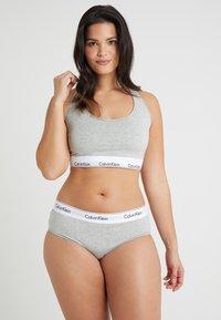 Calvin Klein Underwear - MODERN PLUS BOYSHORT - Briefs - grey heather - 1