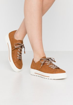 LACE-UP - Stringate sportive - walnut