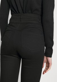 New Look - LIFT AND SHAPE HIGHWAIST - Jeans Skinny Fit - black - 3