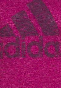 adidas Performance - WINNERS TEE - Print T-shirt - berry - 5