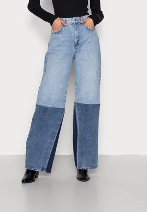 BLOCK WIDE  - Relaxed fit jeans - blue