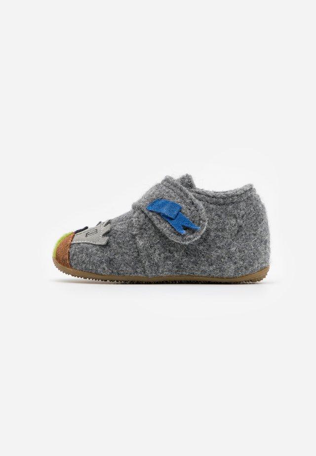 BABYKLETT RITTER UND PFERD - Domácí obuv - grau