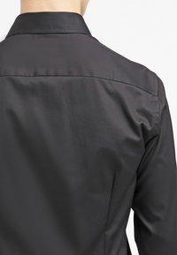Eton - SLIM FIT - Formální košile - black - 6
