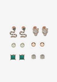 ALDO - LAREANNA 6 PACK - Earrings - medium green - 3