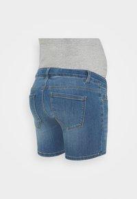 Pieces Maternity - PCMDELLA - Denim shorts - light blue denim - 1
