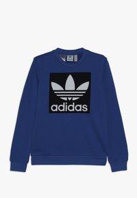adidas Originals - TREFOIL CREW - Sweatshirt - blubir/conavy/white - 0