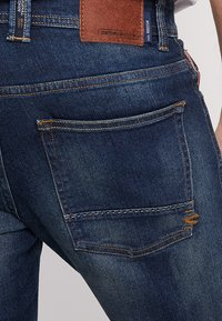 camel active - HOUSTON - Straight leg jeans - washed - 5