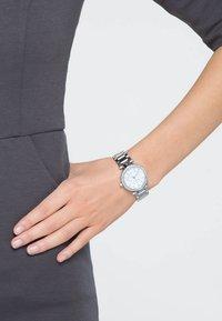 Michael Kors - MK5615 - Zegarek - silberfarben - 0
