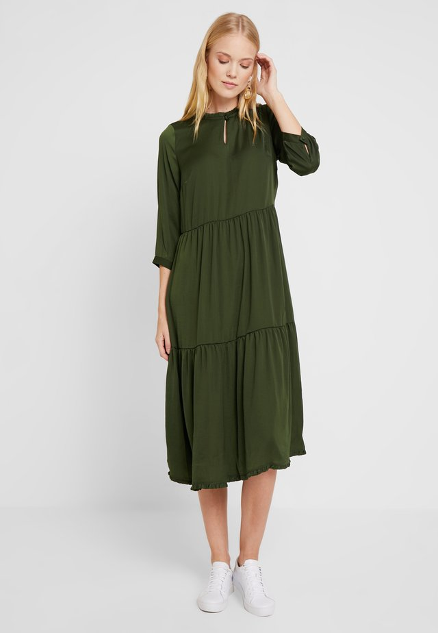ZA-FAY DRESS - Robe d'été - rifle green