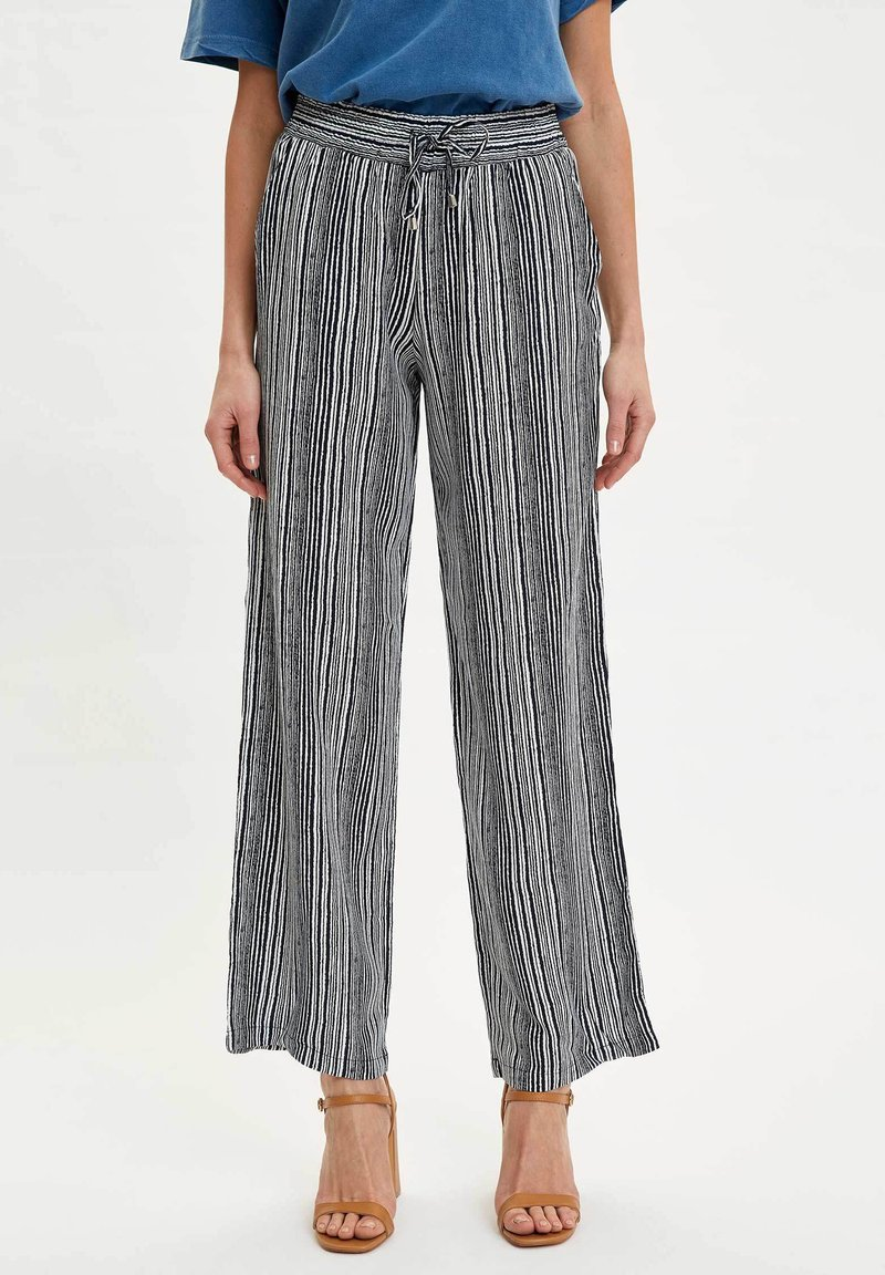 DeFacto - Trousers - white