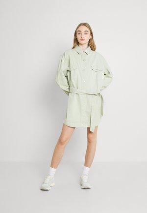 CONTRAST STITCH BELTED SKIRT DRESS - Blusenkleid - green