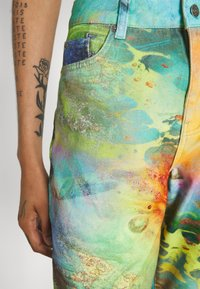 Jaded London - LOW RISE BUTTERFLY BACKGROUND - Jeans Bootcut - multi - 4
