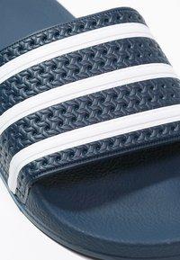 adidas Originals - ADILETTE - Pool slides - blue/white - 5
