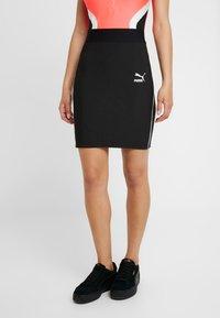 Puma - CLASSICS SKIRT - Pouzdrová sukně - black - 0