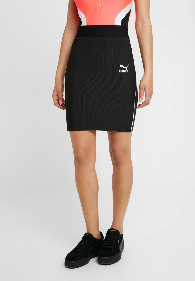 Puma - CLASSICS SKIRT - Pouzdrová sukně - black