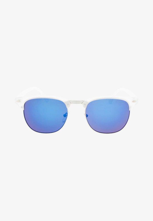 CAIRO - Sluneční brýle - matt transparent / blue lens