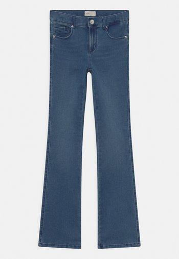 KONROYAL LIFE FLARED - Bootcut jeans - medium blue denim