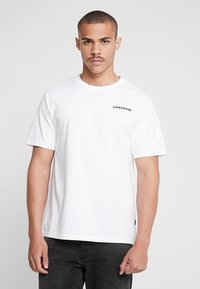 Converse - ALL STAR SHORT SLEEVE TEE - T-shirt med print - white - 2