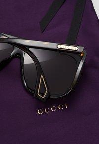 Gucci - Sluneční brýle - havana/grey - 5