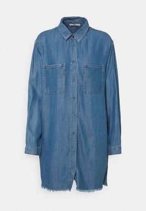 RACHEL - Denimové šaty - maui blue wash