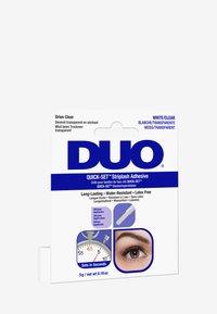 DUO - DUO QUICK SET STRIPLASH ADHESIVE SILICONE APPLICATOR - False eyelashes - clear - 2