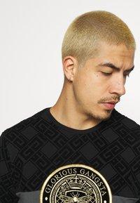 Glorious Gangsta - ARMAZ TEE - Print T-shirt - jet black - 3