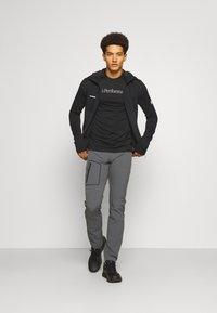 Mammut - ACONCAGUA - Zip-up hoodie - black - 1