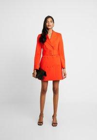 IVY & OAK - WITH BELT - Day dress - mandarin red - 1