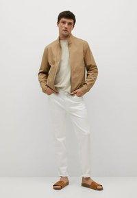 Mango - Camiseta básica - beige - 1